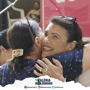 Deputada Valéria Bolsonaro Carreta do Hospital de Amor para a realização de mamografias