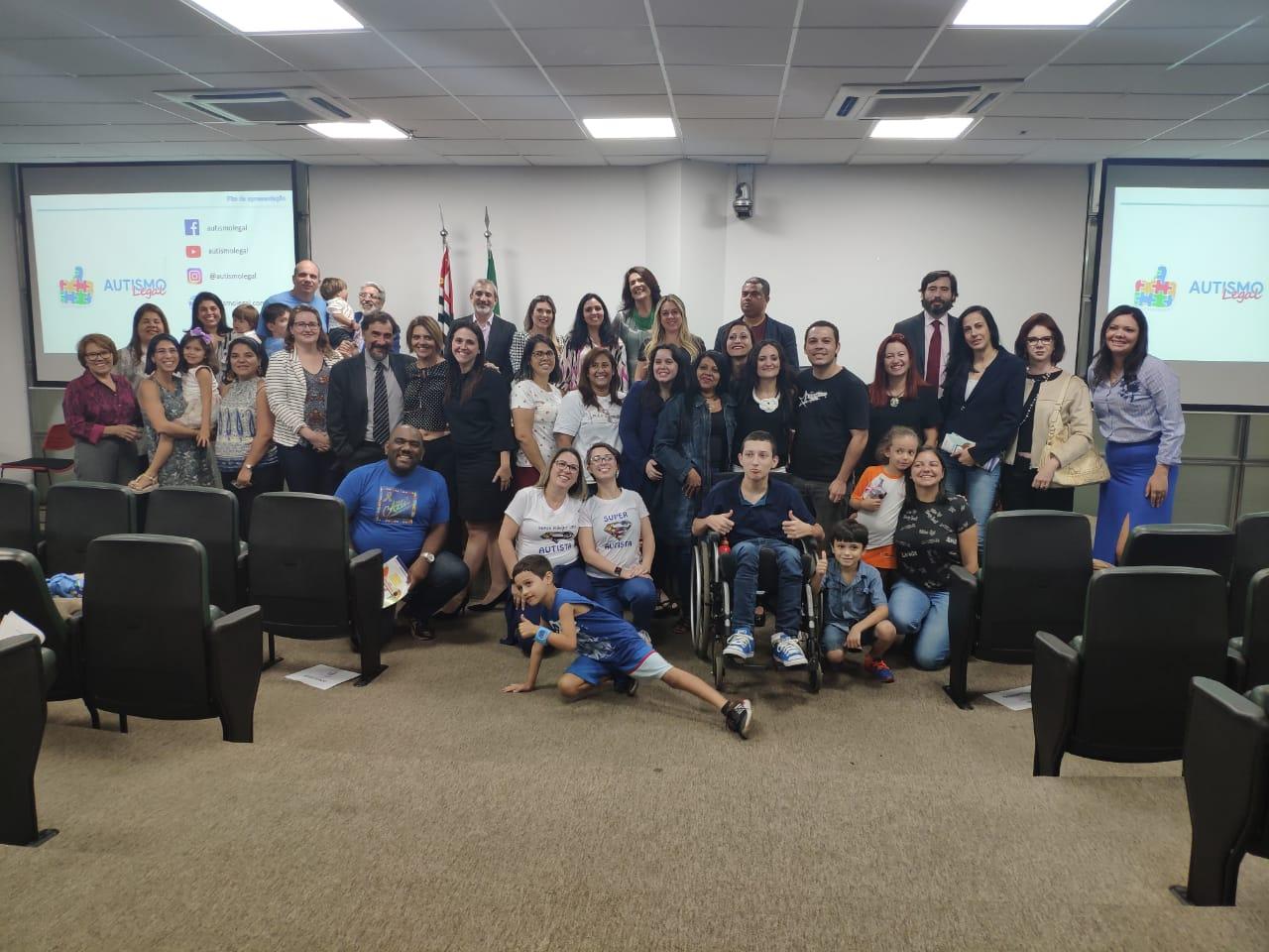 Valéria Bolsonaro participa de lançamento de aplicativo sobre autismo