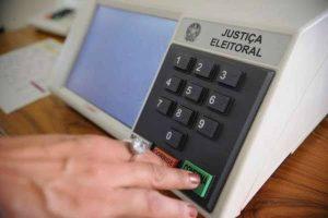 Juiz bloqueia fundos partidário e eleitoral e libera para coronavírus