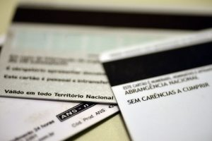 ANS suspende reajustes de planos de saúde por 120 dias