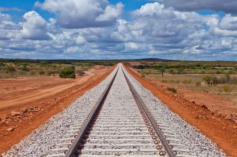 Principal projeto logístico, Ferrogrão impulsionará escoamento de grão pelo norte do país