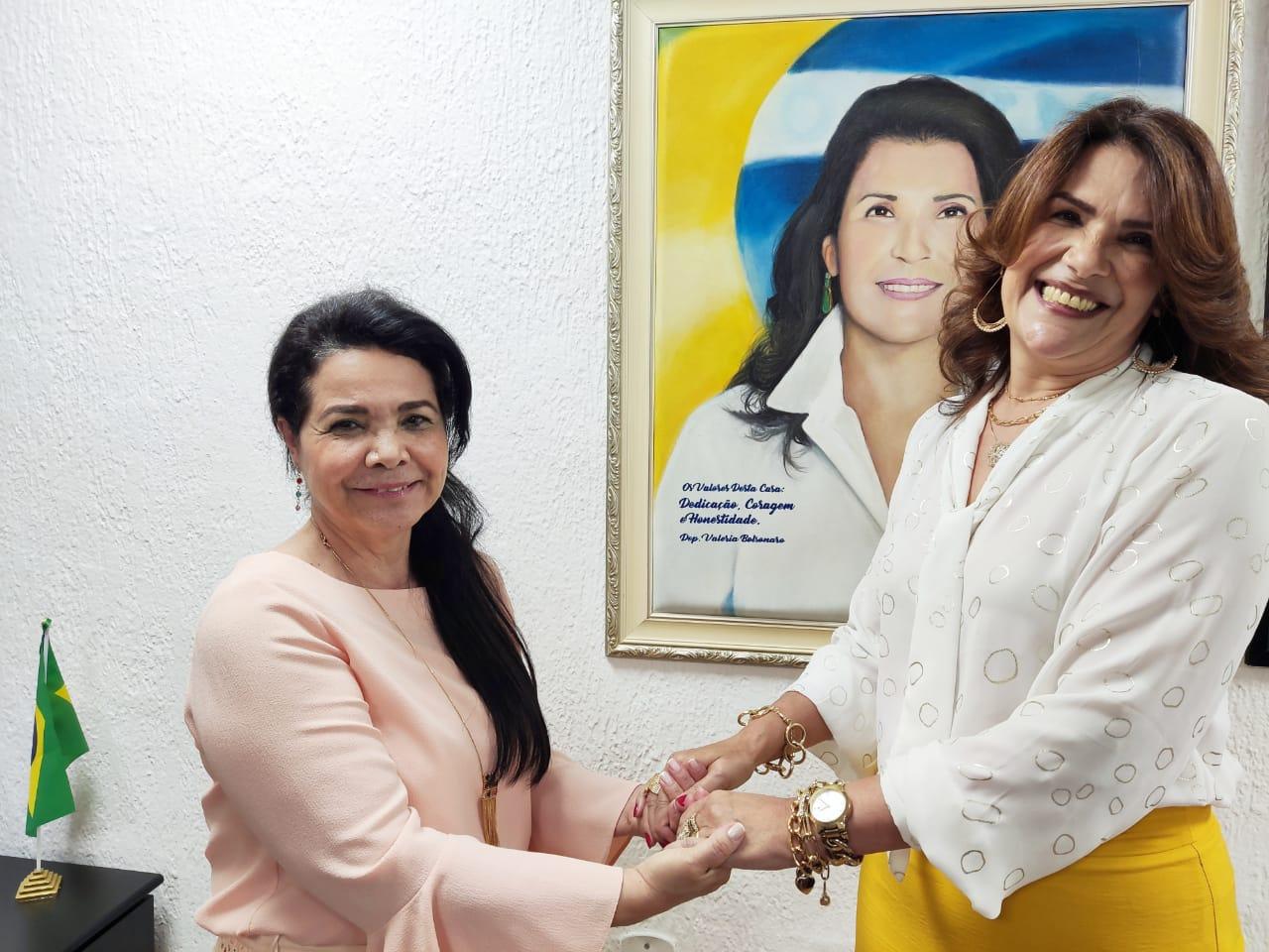 Deputada Estadual Valéria Bolsonaro anuncia filiação ao PRTB
