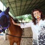 Deputada Valéria Bolsonaro participa de evento no Centro de Equoterapia de Jaguariúna